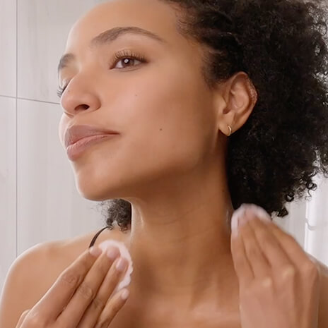 Make-up removal with micellar water