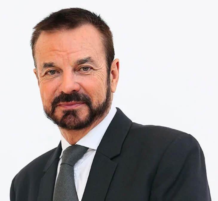 Dr. Olivier Courtin-Clarins